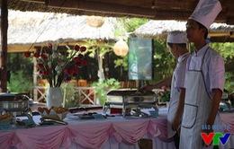 VTV Cup 2015: Các cô gái bóng chuyền ăn ngon, ở xịn tại Bạc Liêu