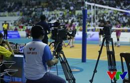 Hơn 60 phóng viên âm thầm mang VTV Cup 2015 tới khán giả cả nước