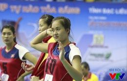 VTV Cup 2015: Đến lượt ứng viên hoa khôi Linh Chi bị cúm