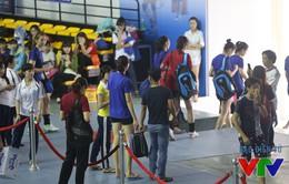 VTV Cup 2015: Ngọc Hoa bị vây kín ở cửa nhà thi đấu