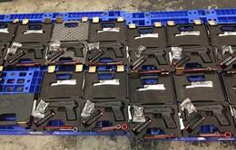 """Bắt lô hàng vũ khí quân dụng """"khủng"""" tại sân bay Tân Sơn Nhất"""