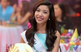Á hậu Thúy Vân thử sức với nghề MC chuyên nghiệp