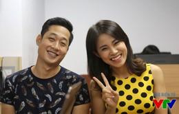 """5 biểu cảm """"khó đỡ"""" của cặp đôi Mạnh Hưng - Quỳnh Hoa"""