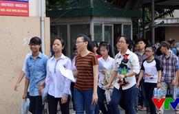 Nhiều thí sinh thắc mắc về cách chấm môn tiếng Anh kỳ thi THPT Quốc gia