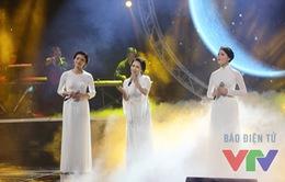 Bài hát yêu thích: Xúc động với tiết mục tưởng nhớ ba đại thụ của làng nhạc Việt