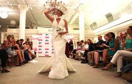 Những chiếc váy cưới tuyệt đẹp làm từ… giấy vệ sinh