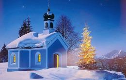 Những ngôi nhà lung linh trong tuyết trắng