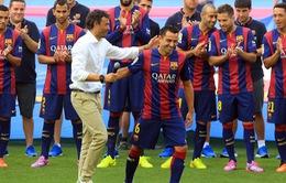 Enrique muốn gia hạn hợp đồng với Xavi thêm 25 lần nữa