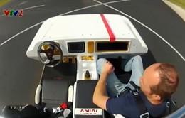 Khám phá xe ô tô robot tự lái