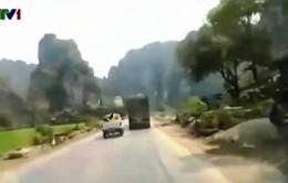Clip tài xế xe tải liều lĩnh chống đối CSGT