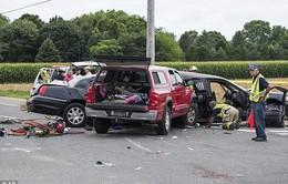 Mỹ: Xe tải tông mạnh xe Limousine, 4 phù dâu thiệt mạng