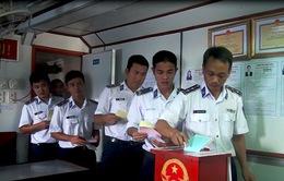 Cảnh sát biển Vùng 4 bỏ phiếu bầu cử sớm