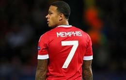Memphis Depay bị giảm lương vì Man Utd bết bát