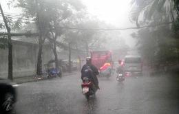 Đêm 25 và sáng 26/5, Hà Nội tiếp tục có mưa rất to và dông