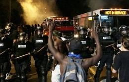 Vụ cảnh sát Mỹ bắn chết người da màu kích động bạo lực