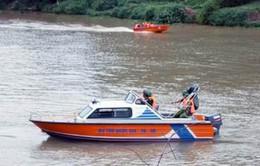 Xuất cấp trang thiết bị tìm kiếm cứu nạn