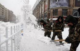 Trung Quốc phòng chống tai nạn giao thông do bão tuyết