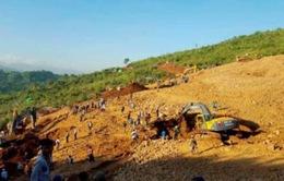 Lở đất ở miền Bắc Myanmar chôn vùi 100 người