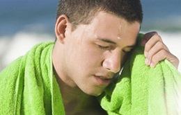 6 lưu ý không thể bỏ qua khi sơ cứu người say nắng