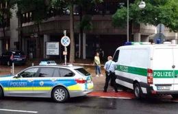 Đức: Nghi 1 phụ nữ mang súng, Sở Lao động Cologne náo loạn
