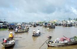 Ngày hội du lịch chợ nổi Cái Răng nhộn nhịp đón du khách