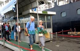 Tàu du lịch nước ngoài cập cảng Tiên Sa được mở cửa hàng miễn thuế