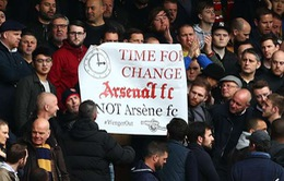 HLV Wenger: CĐV Arsenal làm ảnh hưởng tới cơ hội vô địch