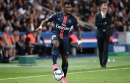 Sỉ nhục HLV Laurent Blanc và đồng đội, cầu thủ PSG bị treo giò vô thời hạn
