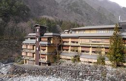 Bên trong khách sạn lâu đời nhất thế giới ở Nhật Bản