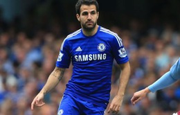 Fabregas cam kết không rời Chelsea