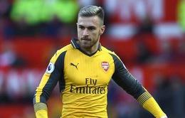 """""""Công thần"""" Arsenal sốc nặng vì bị từ chối gia hạn hợp đồng"""