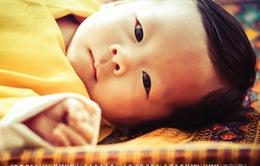 Hoàng tử bé Bhutan cực dễ thương trong lễ đặt tên