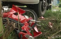 Đồng Tháp: Xe tải đâm trực diện mô tô trên tỉnh lộ
