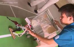 ĐH Sư phạm Kỹ thuật TP HCM vẫn vững bền tình yêu với Robocon