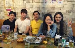Vắng Nhã Phương, Kang Tae Oh hội ngộ dàn diễn viên Tuổi thanh xuân