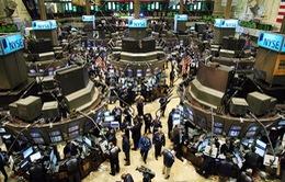 Chỉ số Dow Jones lần đầu tiên vượt mốc 19.000 điểm