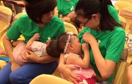 """Sữa mẹ - Liều """"vaccine"""" đầu tiên giúp trẻ chống lại bệnh tật"""