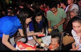 Đoàn Thanh niên VTV mang Trung thu tới các em nhỏ tại nhiều bệnh viện ở Hà Nội