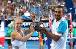 """""""Ngựa chứng"""" Kyrgios đưa Australia lên ngôi vô địch Hopman Cup"""
