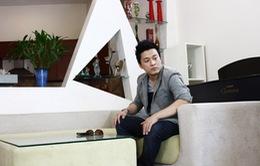 Ngắm căn biệt thự màu trắng tinh khôi của ca sĩ Lam Trường