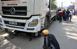 Xe tải gây tai nạn đặc biệt nghiêm trọng, 3 người thương vong