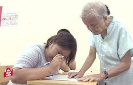 Nhà giáo 84 tuổi miệt mài gieo chữ cho trẻ em khuyết tật