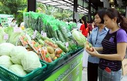 Người dân TP.HCM đón nhận mô hình Phiên chợ nông sản an toàn