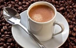 Uống 3 cốc cà phê mỗi ngày giảm nguy cơ mất trí