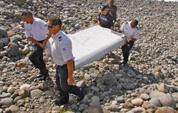 Phát hiện mảnh vỡ nghi của MH370