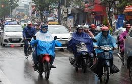 Không khí lạnh tràn về, người Hà Nội thấm mưa rét mùa đông