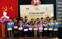 Học bổng Niềm Tin Việt thắp sáng ước mơ học sinh nghèo tại Lai Châu