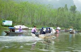 """Hà Nội xử lý 21 đối tượng """"cò mồi"""" tại di tích chùa Hương"""