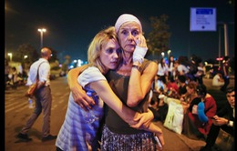 Thế giới bàng hoàng trước vụ đánh bom đẫm máu ở Thổ Nhĩ Kỳ