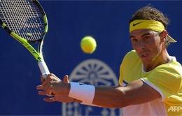 """Thua trên sân đất nện, """"ông vua"""" Nadal tụt dốc không phanh ở mùa giải 2016?"""